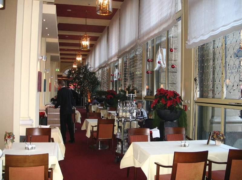 Althoff Dom Hotel Köln