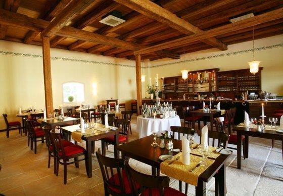 Hotel-Restaurant Schloss Reinach